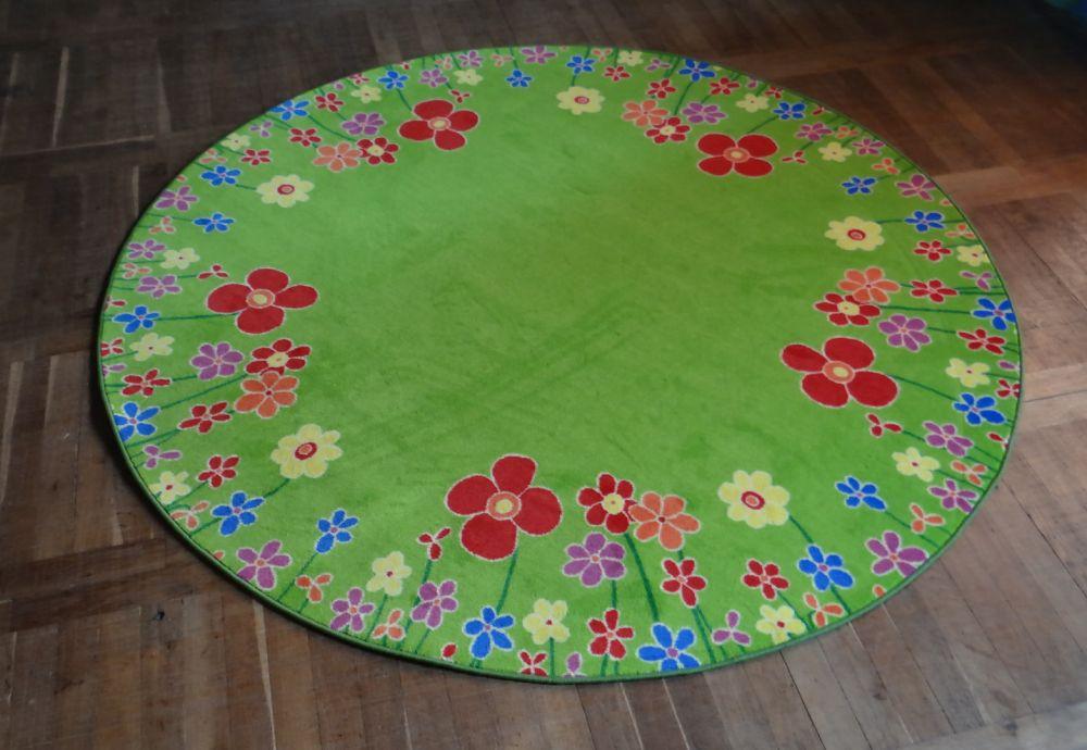 Kinderzimmer Teppich Blumenwiese Pictures to pin on Pinterest